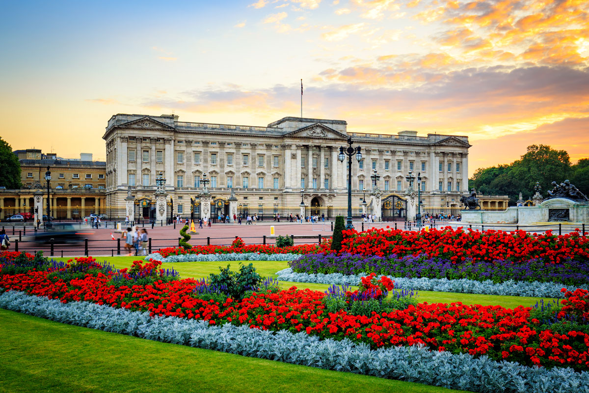 UK Fixer General Shot of Buckingham Palace Location in London by Location Fixer